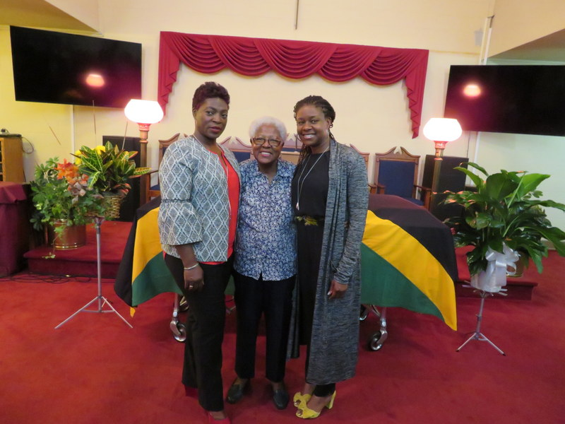 (L-R) Sharon (daughter) Fay  (Wife) Taisha (daughter)