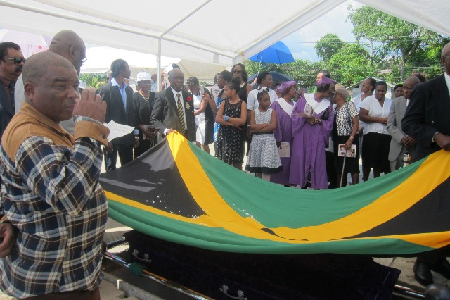 Lloyd Davis Ex-RAFA Flag draped casket Jan, 2015